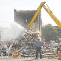 street44_demolition_200.jpg