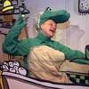 art11_theater_crocodile_100.jpg