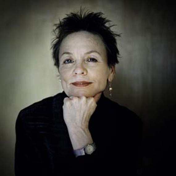 art26_music_cd_laurie_anderson_portrait_300.jpg