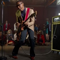 Raphael Saadiq at Groovin' in the Garden