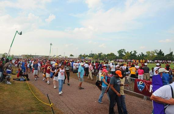 There were 300 volunteers at last year's Redskins training camp to help with such services as guest relations.