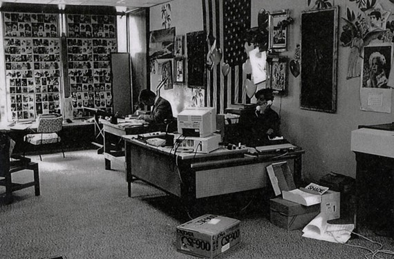 The offices of American Cheese in 1987. Johnson, at left, created greeting cards while Rick London managed a competitive production schedule.
