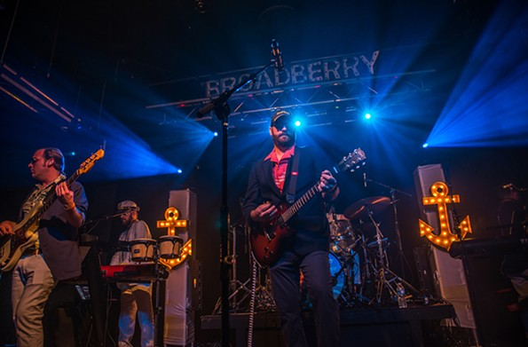 Three Sheets to the Wind at the Broadberry