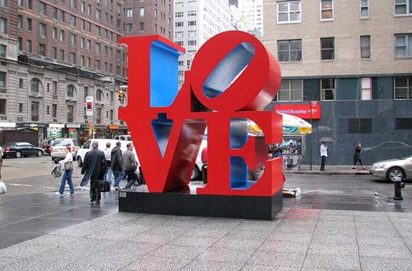 """A renditionof """"Love"""" sculptureby artist Robert Indiana in midtownManhattan. - HU TOTYA"""