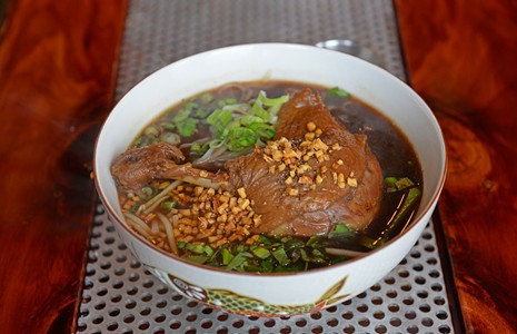 REVIEW: Bow down to Temple, one of the city's most flavorful new spots