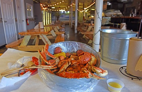 Food Review: Sauce and Toss Brings an Affordable and Casual Seafood Experience to Shockoe Bottom