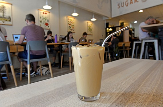 feat39_drink_sugar_twine_thai2.jpg