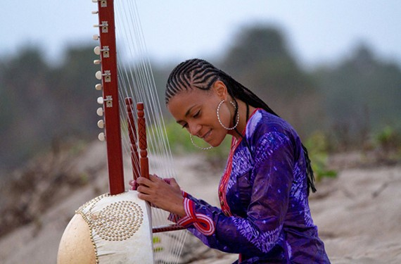 The first woman kora virtuoso, Sona Jobarteh, comes from a prestigious West African griot family.