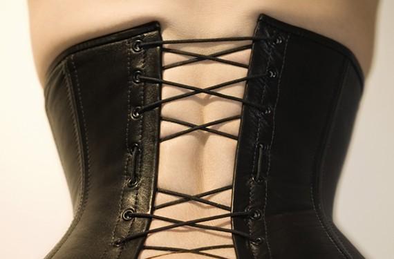 back22_corset.jpg