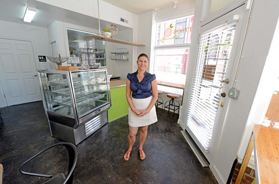 Nettie's Naturally's Lynette Potgieter will open an all-aorganic, gluten-free and low glycemic bakery later this month.