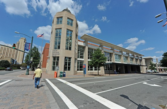 The Greater Richmond Convention Center is the site of work designed to increase Internet connectivity in the downtown area, scheduled to be completed in time for the UCI Road World Championships.