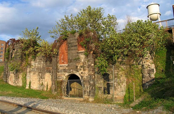 A fire destroyed the building in 1891, but the James River Steam Brewery's beer caves are still standing.