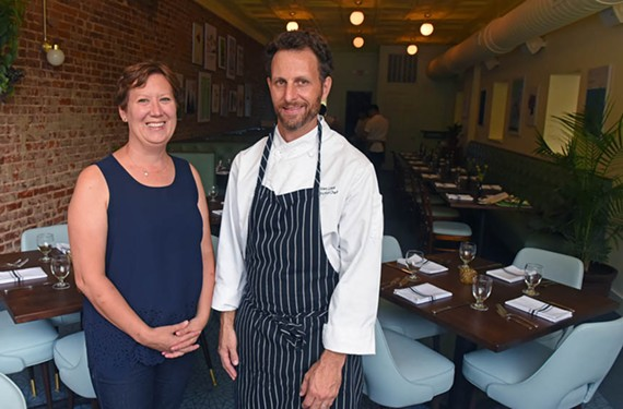 Restauranteur Kendra Feather and her brother-in-law, Josh Loeb, are serving modern American fare in an update of the '70s fern bar on Semmes Avenue.