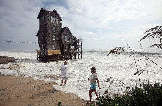 Astonishing Nights In Rodanthe House For Sale For 1 25 Million In Home Interior And Landscaping Ponolsignezvosmurscom