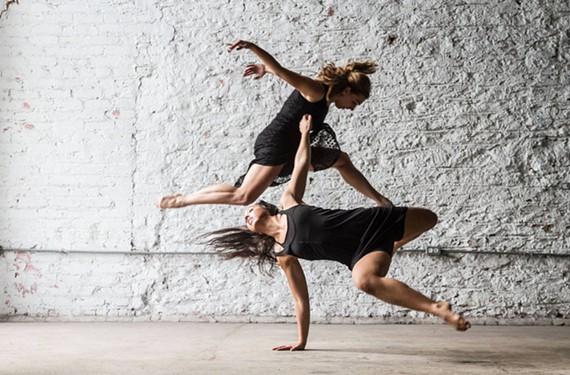 MamLuft and Company Dance