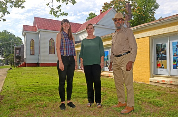 Liana Elguer, Shannon Castleman and Elder Moses Cuffee at the Oakwood Arts Center in Church Hill.