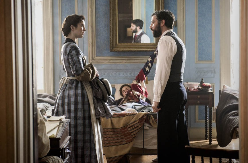 "Ready to get your Civil War drama on? Actors Mary Elizabeth Winstead as Mary Phinney and Josh Radnor as Jedediah Foster star in PBS's ""Mercy Street"" which debuts on Jan. 17."