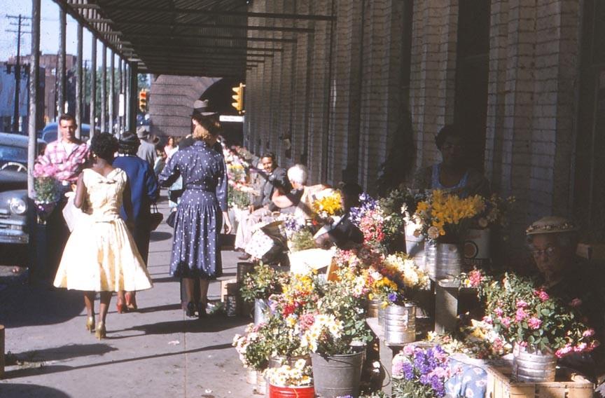 feat14_sixth_street_market.jpg
