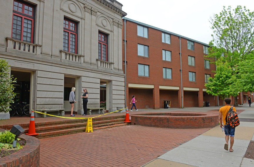 Vcu Off Campus Housing >> Residence Closures Will Leave Vcu In A Student Housing