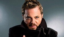 Eddie Izzard at Altria Theater