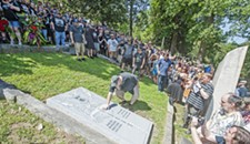 IMAGE: Dave Brockie Memorial Unveiled in Hollywood Cemetery