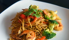Food Review: Fan Noodle Bar Asks the Question: Food or Service?