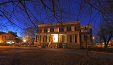 January Spirits: Why People Paid to Wait for Ghosts at Petersburg's Centre Hill Mansion