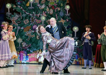 """In Richmond Ballet's """"The Nutcracker,"""" Where Change is Constant, One Woman Keeps a Reassuring Approach"""