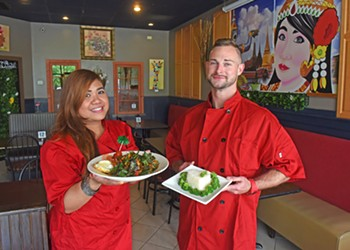 Chesterfield's iThaiz Serves the Flavors We Crave in the Spring