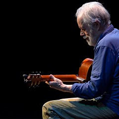Leo Kottke - Uploaded by ModlinCenter