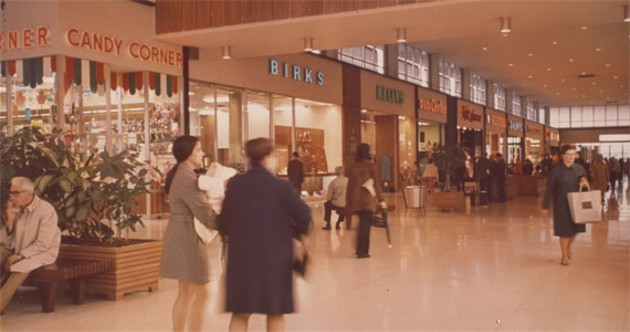 1960s-era Kelly's Luggage storefront. - COURTESY OF KELLY'S LUGGAGE