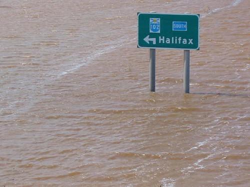 Flood_road_sign.jpg
