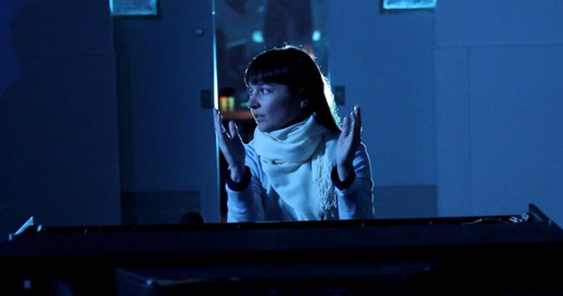 """Alana Yorke and her electric piano filming """"The Weight"""""""