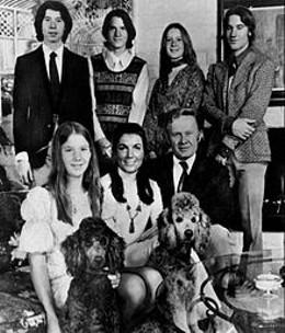 220px-the_loud_family_1973.jpg