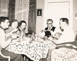 old-fashioned-dinner-party.jpg