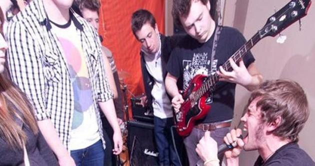 music_feature14gigas.jpg