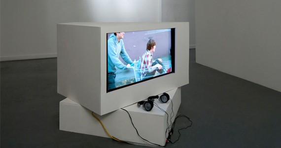 Ming Ho's Versions 1, 2, 3 reveals the performances of everyday life.