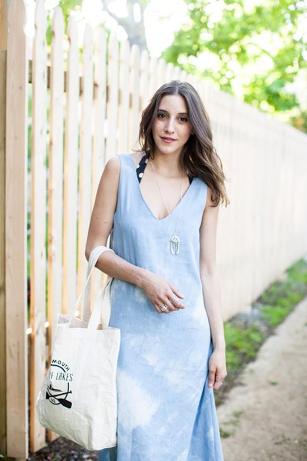 Model: Shayla Bond - M