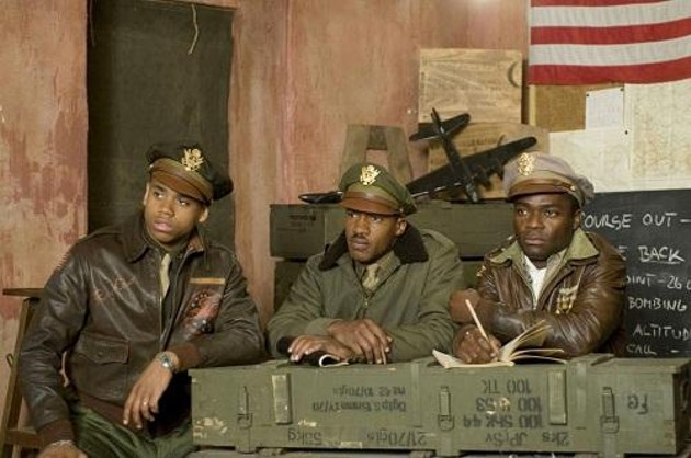 tristin-wilds-nate-parker-and-ne-yo-in-red-tails_500x332.jpg