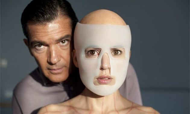 the-skin-that-i-live-in-007.jpg