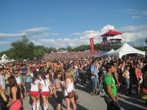 The hill behind the two larger main stages.
