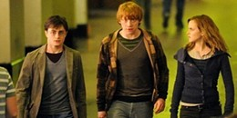 deathly-hallows-harry-potter-7336766-662-331.jpg