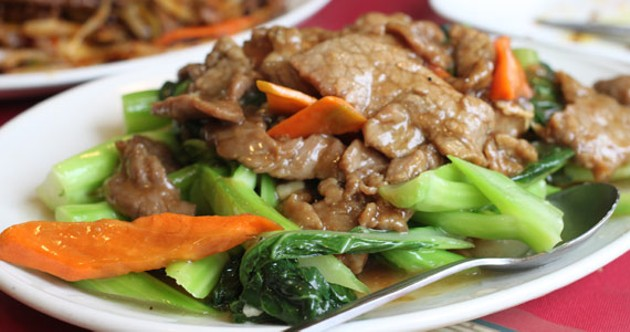 The tender, mild and steamy fried beef and Chinese broccoli.