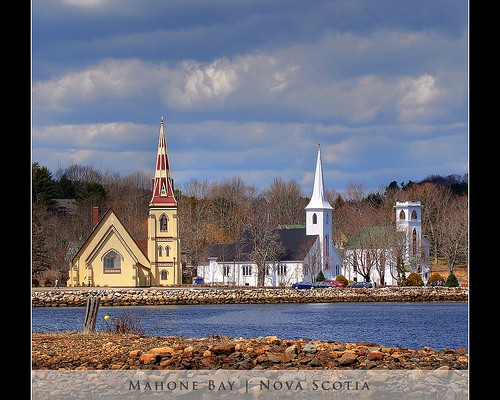 mahone_bay.jpg