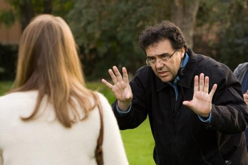 Writer-Director_Rodrigo_Garcia_on_the_set_of_MOTHER_AND_CHILD.jpg
