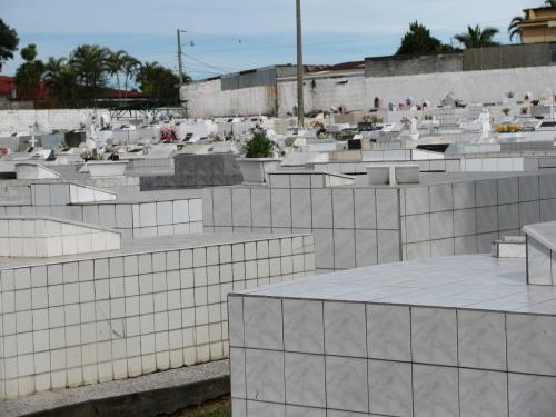 cemetery_009.jpg