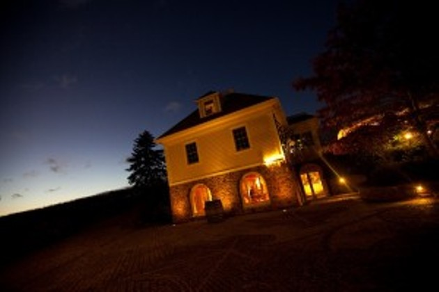 Restaurant of the Year (Chef Inspired Fine Dining), Le Caveau - GRANDPREWINES.NS.CA