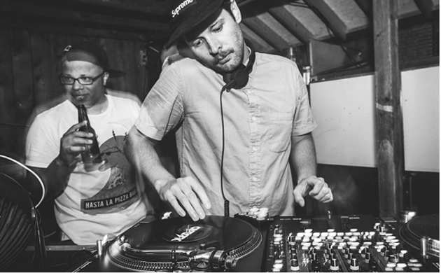 DJ T-Woo is Doin' Damage at Lion & Bright (see 3). - ANDREW DONOVAN/PHOTOTYPE