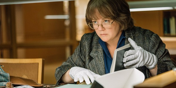 McCarthy's got her fraud-ing glasses on in Can You Ever Forgive Me?