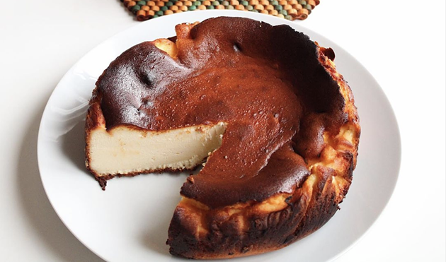 Chéché's San Sebastian cheesecake features the look and taste of creme brulee. - CHÉCHÉ BAKERY